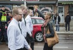 Mujer Negra Enfrentándose A 300 Neonazis Se Vuelve Viral En Internet